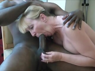 Very hot milf sucking bbc and get cum in mouth while hubby recording