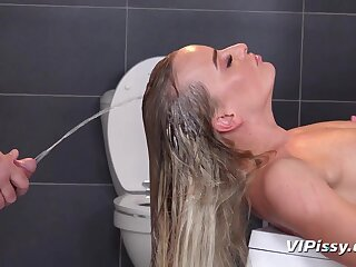 Victoria Pure - Victoria Pure Together with Engine- driver pissing Hard Fuck