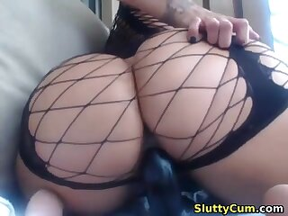 Amazing busty babe with a big butt masturbating on cam