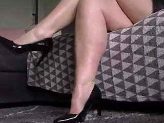 sensual BBW milf assist run rubbing with the addition of calf shaking