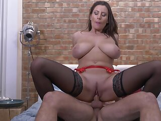 Passionate fucking on be passed on bed with horny cougar Sensual Jane